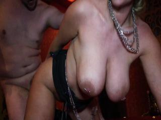 gruppensex im swingerclub domina in karlsruhe