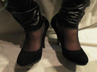 High Heels und Füße