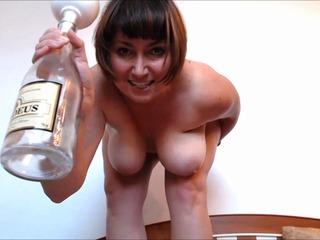 Sektflasche mit (SEKT) abgefuellt!